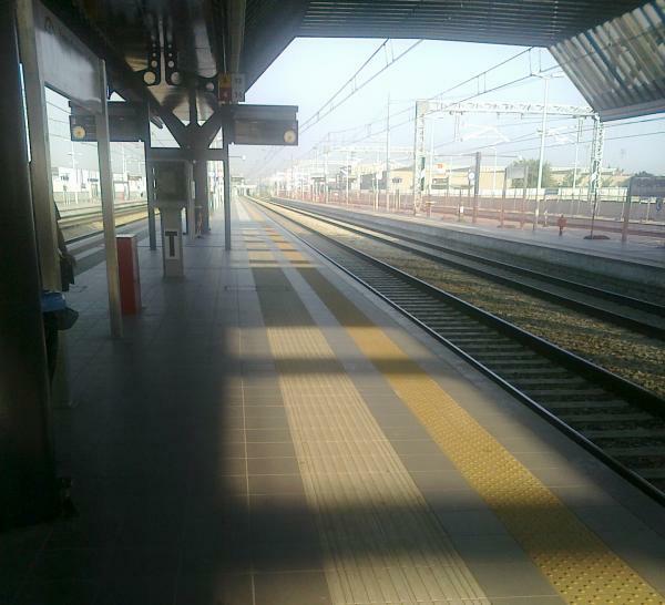 Stazione Rho Fiera Senza Treni